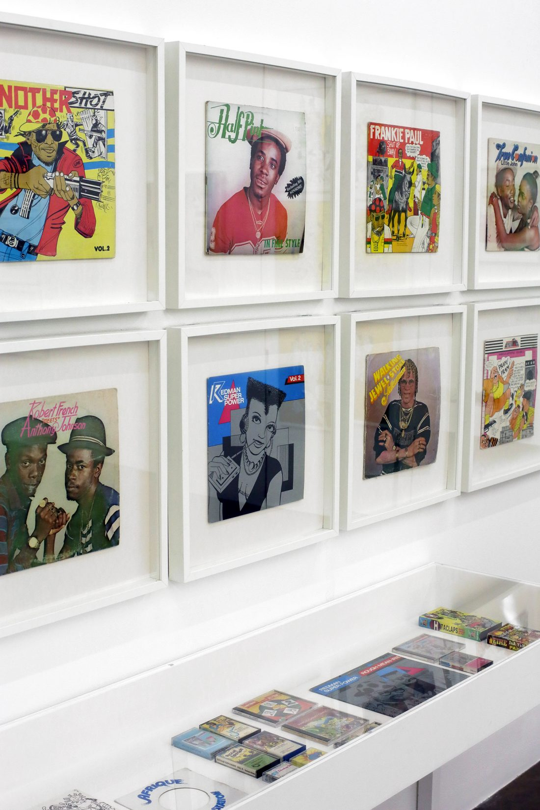 <p>Installation view of<em> In Fine Style: The Dancehall Art of Wilfred Limonious,</em> 2016. Photo: Simon Parris</p>