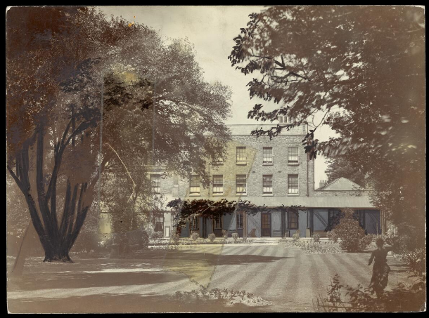 <p>Photograph of Camberwell House Asylum grounds. Wellcome Library (ref: RCPSYCHX1/6)</p>
