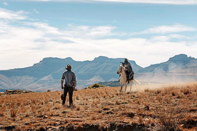 South by South: Five Fingers for Marseilles