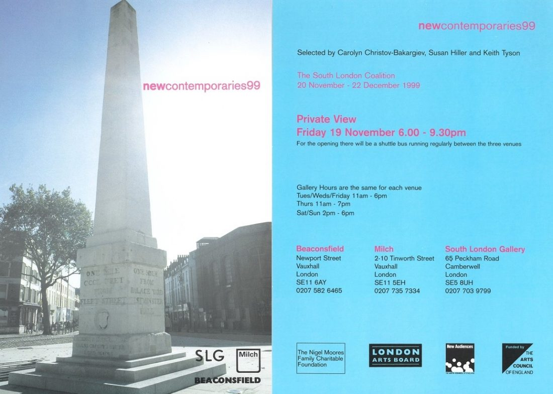 <p>Invitation card to the private view (front and back)</p>