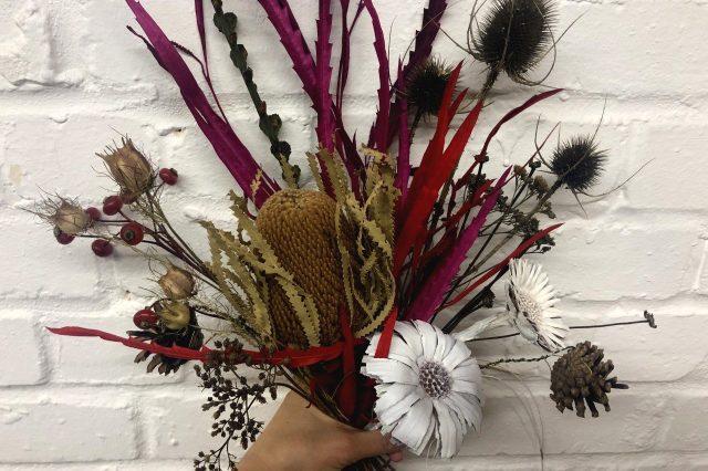 SLG Skills online: Foraged Winter Flower Bouquet