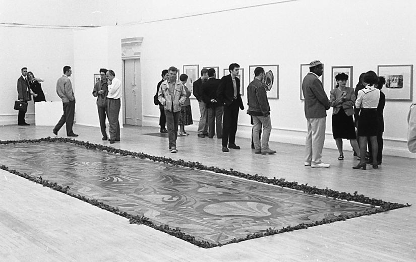 <p>Photograph taken by Phil Polglaze at the South London Art Gallery on 13 May 1993 during the private view of the exhibition <em>Permeations: Light in the Attic</em></p>