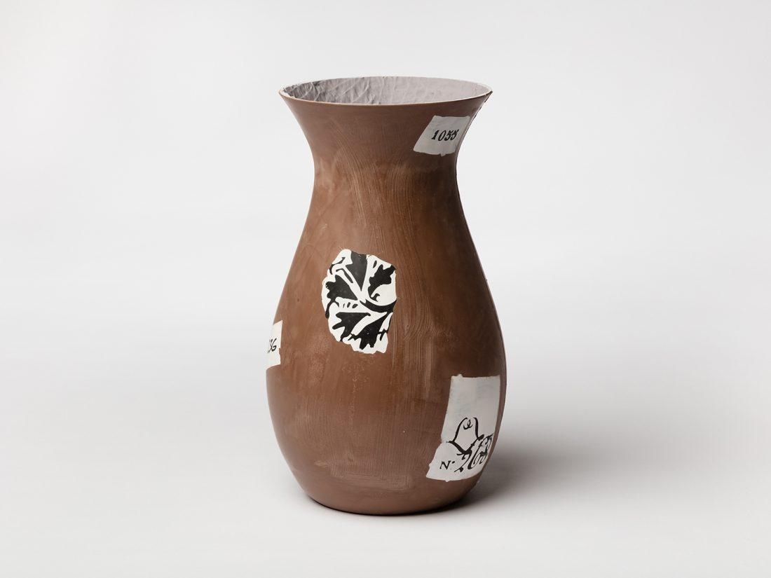 Magali Reus – In Palm (Vs)